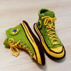 House slippers Converse socks women Knitted converse sneakers Crochet converse boots Warm s Knit Shoes, Crochet Shoes, Converse Slippers, Converse Sneakers, Crochet Converse, Presents For Boyfriend, Knitted Slippers, Doll Tutorial, Mens Fashion Shoes
