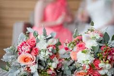 Image result for coral roses and babies breath bouquet