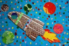 Cosmic painted paper: cosmic creations- 2014 art show. Projects For Kids, Art Projects, Crafts For Kids, Arts And Crafts, Space Projects, Kindergarten Art, Preschool Art, Retro Rocket, 2nd Grade Art
