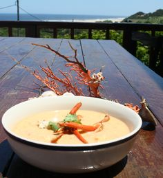Crayfish Bisque My Favorite Food, Favorite Recipes, My Favorite Things, Beautiful Soup, Soups And Stews, Food Photo, I Foods, Thai Red Curry, Casseroles