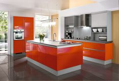 #Küche in Orange #Kücheninsel www.dyk360-kuechen.de