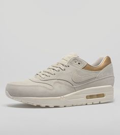 Nike Air Max 1 Women's - find out more on our site. Find the freshest in trainers and clothing online now.