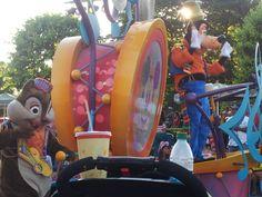 4th july Disney parade