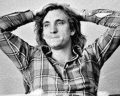 Joe Walsh ~ photographed by Barry Schultz, 1975 Eagles Lyrics, Eagles Band, Joe Walsh Eagles, History Of The Eagles, Randy Meisner, Glenn Frey, Hotel California, American Music Awards, Rock Stars