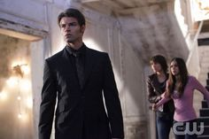 """""""Rose"""" - Daniel Gillies as Elijah, Lauren Cohan as Rose, Nina Dobrev as Elena in THE VAMPIRE DIARIES on The CW. Photo: Quantrell Colbert/The CW ©2010 The CW Network, LLC. All Rights Reserved."""