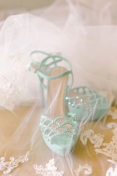Mint shoes: http://www.stylemepretty.com/california-weddings/san-francisco/2015/03/18/romantic-san-francisco-summer-wedding/ | Photography: U Me Us - http://umeusstudios.com/