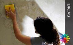 As manchas podem aparecer devido a vários factores, e dão muito mau aspecto às paredes e tectos das nossas casas, por isso é necessário eliminá-las. Tratar Manchas nas Paredes Quando aparecem manchas