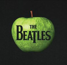 The Beatles - apple logo t-shirt.Front has graphic of green apple with The Beatles logo. Beatles Album Covers, Music Albums, Famous Album Covers, Rock Album Covers, Beatles Photos, Music Album Covers, Steve Jobs, Apple Records, Rock Music