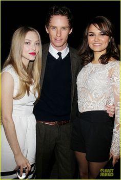 Eddie, Samantha y Amanda