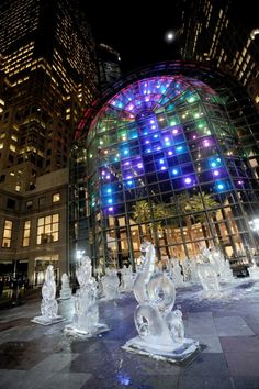 It doesn't get any better than having 3 free exhibitions at Brookfield Place at the same time. Anne Militello's Light Cycle's illuminate the Winter Garden, overlooking Okamoto Studio's Fantastical Botanical Ice sculptures on the Plaza and George Steinmetz's Desert Air inside the Winter Garden.