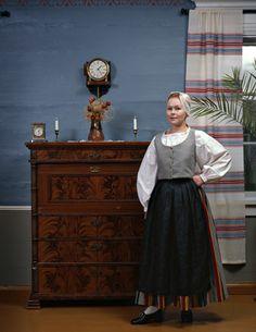 Folk dress of Alatornio region, Lapland, Finland Folk Costume, Costumes, Folk Clothing, High Waisted Skirt, Culture, Lapland Finland, 7 Continents, Skirts, Evolution