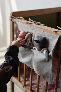 Baby Crib Organizer Pocket Organizer Personalized Name Baby Room Decor, Nursery Decor, Diy Cadeau Noel, Name Embroidery, Pocket Organizer, Diy Organizer, Foto Baby, Linen Storage, Hanging Storage