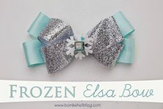 Make your little Frozen lover a simple but beautuiful Elsa-inspired bow using this hair bow tutorial.