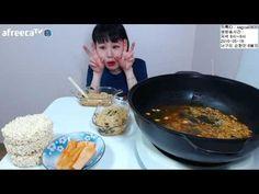 280104 Spicy Korean noodles Kimchi Seaweed  ASMR food Mukbang eating sho...
