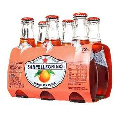 Aranciata Rossa is perfect for those who love to quench their thirst while enjoying the delightful and intense fragrance of Sicilian blonde and sanguinello oranges (blood oranges). Cool and refreshing