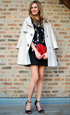 outfit idea, could easily be with black pants.  another blog I think you will like too
