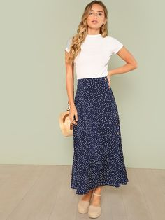 Bohemian summer skirt with mid waist and polka dots - Modern Fashome - Outfits - Modest Fashion Summer Work Outfits, Spring Outfits, Summer Dresses, Church Outfit Summer, Maxi Skirt Outfit Summer, Modest Church Outfits, Floral Skirt Outfits, Navy Skirt Outfit, Casual Outfits Summer Classy