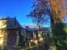 Home sweet home #buongiorno #mycountry #myhome #countryhouse #picoftheday #sky #view #weather #instanature #love #life #follow #italianexperience #beautifulplace #nature #sun #instaweather #instadaily #goodmorning #namaste #peace #energy #lifestyle #beautiful