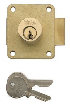 Yale Brass Straight Cabinet Lock At Door furniture direct we sell high quality products at great value including Yale Brass Straight Cupboard Lock in our Cabinet Fittings range. We also offer free delivery when you spend over GBP50. http://www.MightGet.com/january-2017-12/yale-brass-straight-cabinet-lock.asp