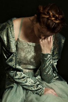 The Look: Romina Ressia Photography