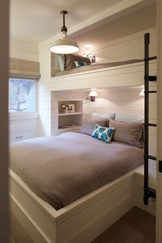 Fabulous Bunk Bed Ideas To Inspire You 12 Inspirational Examples Of Built In Bunk Beds Bunk Room - Interior Design Ideas & Home Decorating Inspiration - moercar Bunk Beds Built In, Modern Bunk Beds, Bunk Beds With Stairs, Kids Bunk Beds, Queen Bunk Beds, Adult Bunk Beds, Double Bunk Beds, Loft Beds, Bunk Beds For Adults