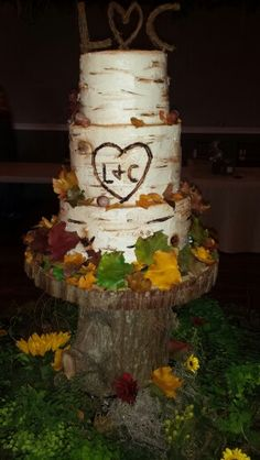 birch bark wedding cake tutorial tutorial with buttercream frosting decorating a birch tree 11765