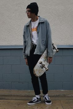 inspo a month of pictures i uve taken and finding a style skate fashiondope fashions male Aesthetic Fashion, Aesthetic Clothes, Look Fashion, 80s Fashion, Fashion Trends, Street Fashion, Skater Fashion, Mens Grunge Fashion, Indie Fashion Men