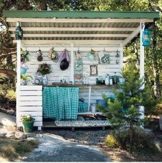 Small Outdoor Kitchens Rustic Outdoor Kitchens, Outdoor Rooms, Outdoor Gardens, Outdoor Living, Outdoor Decor, Kitchen Rustic, Outdoor Play, Room Kitchen, Rustic Backyard