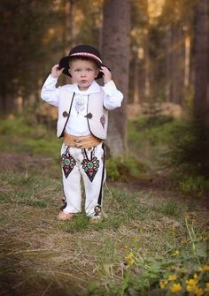 Region of Podhale, southern Poland. Polish Clothing, Folk Clothing, Poland Culture, Polish People, Visit Poland, Polish Folk Art, Costumes Around The World, Beautiful Costumes, Arte Popular