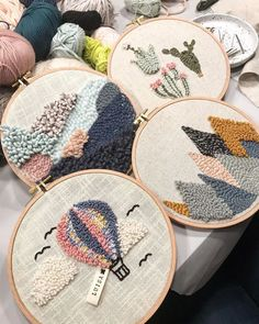 Arty and Creative DIY Embroidery Decor You Can Make in a Weekend DIY & Crafts Talking about home decor and DIY is very amusing. You can make such a stunning, adorable and chic home decor by DIY. A handmade feel could be very dec. Hand Embroidery Stitches, Embroidery Hoop Art, Embroidery Designs, Diy Broderie, Punch Needle Patterns, Rug Hooking, Knitting Needles, Needles Art, Diy And Crafts