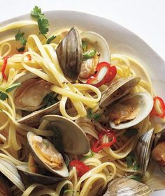 Spicy Linguine With Clams - Italian