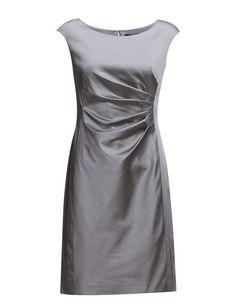 Klikk her for å se og kjøpe Lauren Ralph Lauren Aurelia - Cap Sleeve Dress (Pale Silver) til 1179 kr. Ny kolleksjon fra Lauren Ralph Lauren! Rask levering, enkel retur og sikker betaling.
