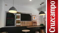 Proyectos Ipunto #Iluminación #Pizarras #Diseño #Branding #Madera #Bares #Retail