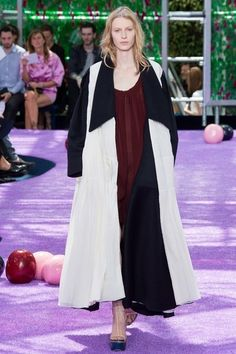 Christian Dior Fall 2015 Couture Fashion Show ♪
