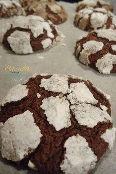 Crunchy outside, soft inside: chocolate pöffeteg Hungarian Recipes, Healthy Cookies, Food Crafts, Winter Food, Cake Cookies, Cookie Decorating, Cookie Recipes, Food And Drink, Sweets