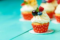 Кексы. Картинки. Cupcakes beautiful pictures. (2560×1707)