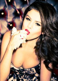 New outtakes from Selena's Glamour Magazine photo shoot in 2012