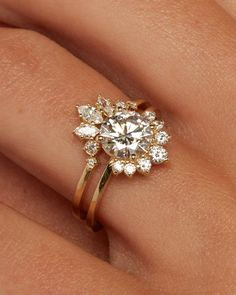 Curved Wedding Band, Wedding Band Sets, Wedding Rings Vintage, Vintage Engagement Rings, Wedding Engagement, Unique Wedding Rings, Boho Engagement Ring, Boho Wedding Ring, Wedding Ring With Band