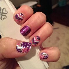 Wearing: Gala, Glitz and Fizzy Grape To browse/order, please go to: kelseyjooie.jamberrynails.net Want a FREE sample? Email me at kelseyjooie@gmail.com