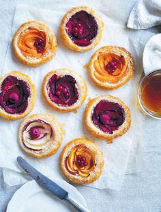 Autumnal colours for your oven! Stone fruit almond tarts recipe from Something for Everyone by Louise Fulton Keats Mini Desserts, Just Desserts, Delicious Desserts, Yummy Food, Slow Cooker Desserts, Almond Tart Recipe, Tarts Recipe, Dessert Crepes, Stone Fruit