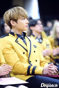 Jungkook with blonde hair^-^