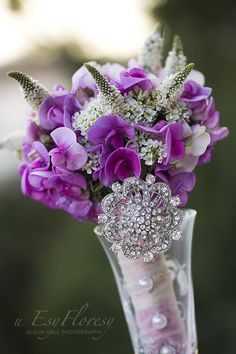 Photography of flowers, flower decorations, bouquets, wedding bouquets, wedding, diamonds, bride, sweet pea, pink,