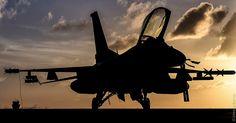 F-16... Alright Iron Eagle you go war Bird..