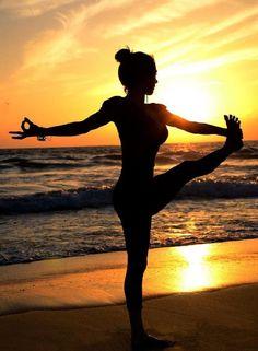 Top ten yoga poses in nature  #yogainspiration http://iandarrah.com/