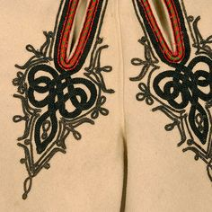 ++ POLISH EMBROIDERY ++ Decoration on the flies: heart-shaped parzenica pattern and wool strips, wool cord and tape.  Orawa Highlanders, Orawka, P. Nowy Targ, early 20th c. (?)
