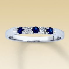 Oh how i love diamonds and blue sapphires :)