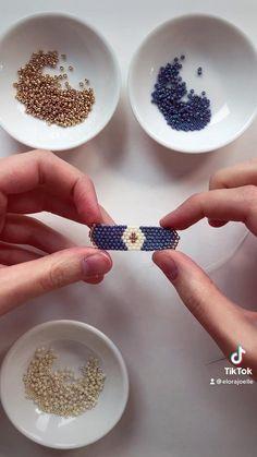 Diy Bracelets Patterns, Diy Friendship Bracelets Patterns, Bead Loom Bracelets, Beaded Jewelry Patterns, Handmade Bracelets, Handmade Jewelry, Diy Crafts Jewelry, Bracelet Crafts, Armband Diy