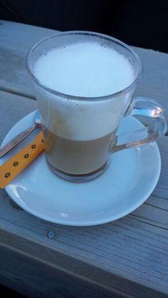 Latte Macchiatto bij Restaurant Les Etagnes (Haute-Nendaz)