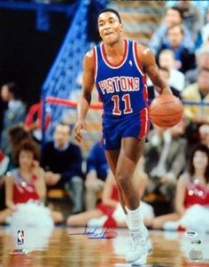 Isiah Thomas Signed 16x20 Photograph - PSA/DNA #SportsMemorabilia #DetroitPistons