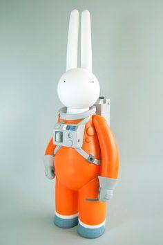 mr clement 太空兔 Astrolapin 軟膠玩偶 - 玩具特濃